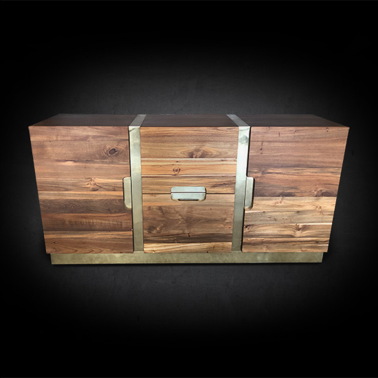 Our distinctive Heiko Credenza impresses with its modern brass inlay design.